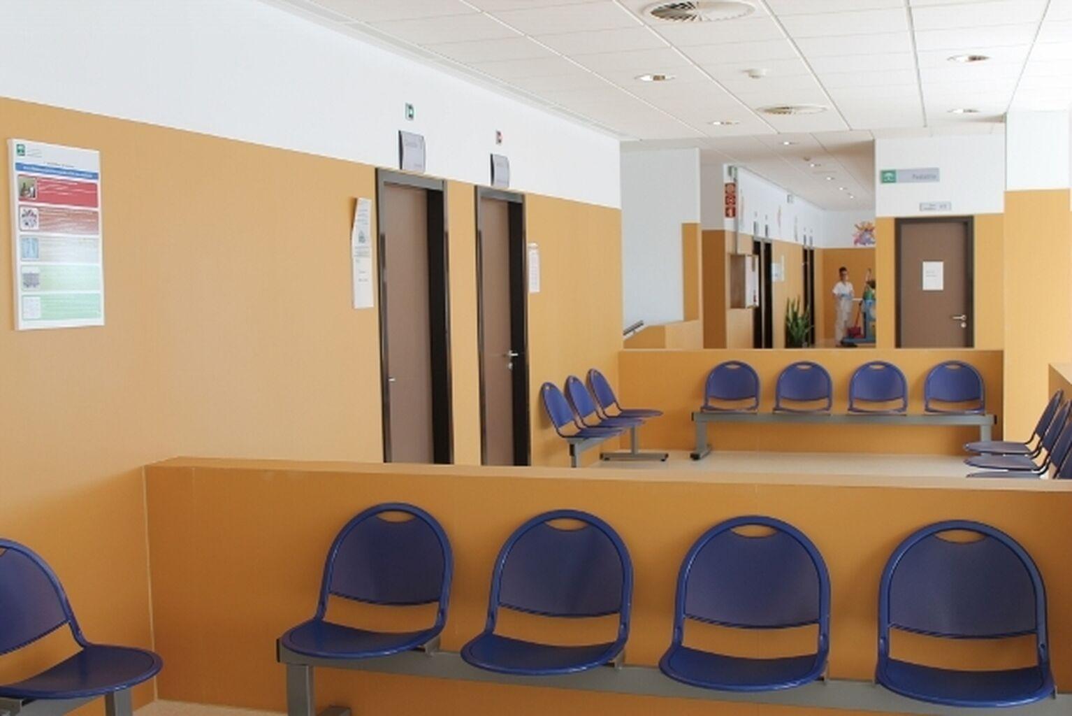 Resultado de imagen de centro de salud Olivar de Quinto de Dos Hermanas