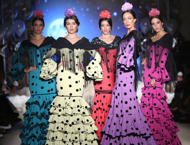Traje flamenca negro 2019