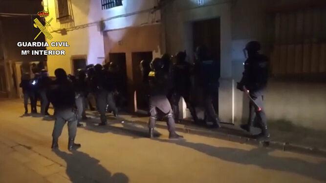 91326922de La Guardia Civil detiene a 12 personas por tráfico de drogas en la provincia