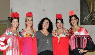 d7bc21297 Más de 400 trajes de flamenca de segunda mano, desde 10 euros
