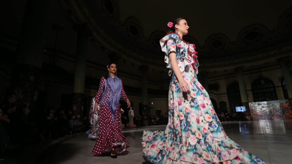 Engalaná, fotos del desfile en Viva by We Love Flamenco 2019