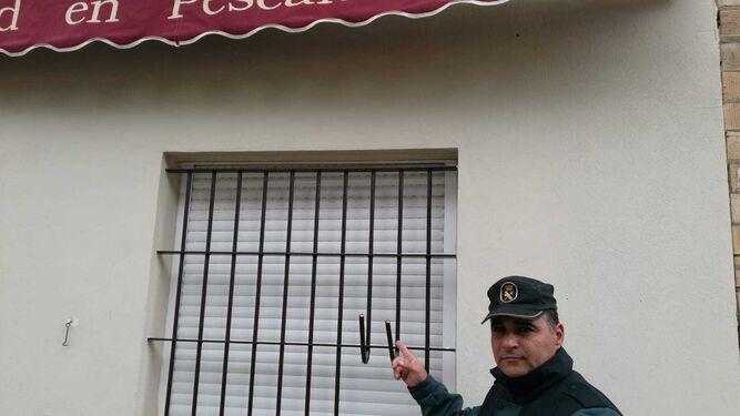 El agente Luis Miguel Larbi d84e31491c263