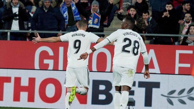 Benzema celebra uno de sus goles. a6ec9e0c0a81a