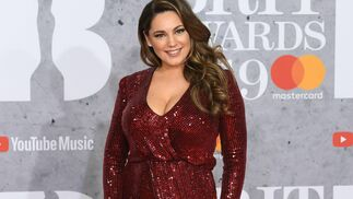 <p>Kelly Brook, de Galvan&nbsp;</p>