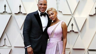 DeVon Franklin y Meagan Good, de Reem Acra Couture