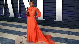 <p>Regina King, de&nbsp;Monique Lhuillier</p>