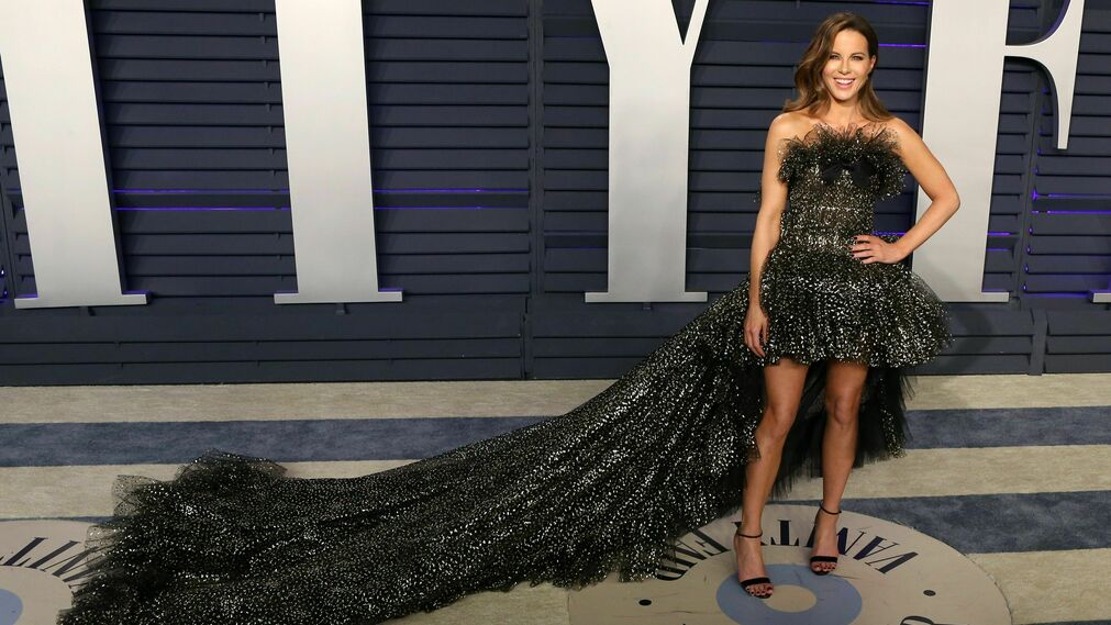 <p>Kate Beckinsale, de Giambattista Valli</p>