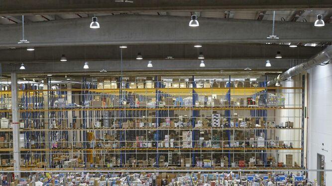 8701a1307 El mayor centro logístico de Amazon en España ya tiene licencia de ...