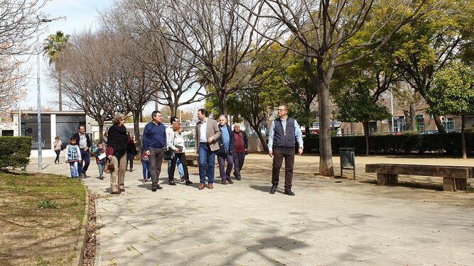 de al su visita alcalde Bermejales El Los durante barrio FxAqUBZw