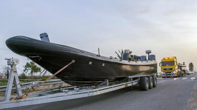 Una de las naves incautadas a los narcotraficantes