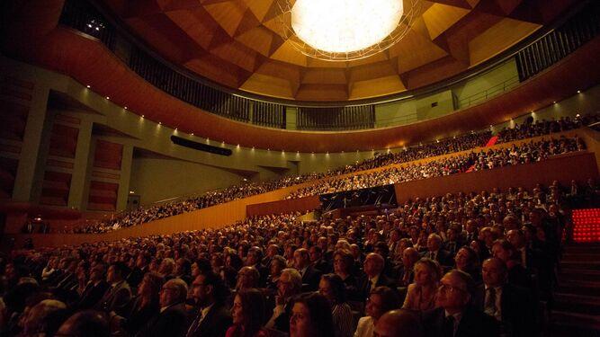 Agenda del cofrade para el fin de semana del preg n de la for Teatro en sevilla este fin de semana