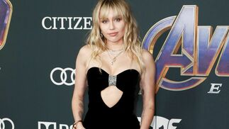 <p>Miley Cyrus, de Saint Laurent.</p><br>