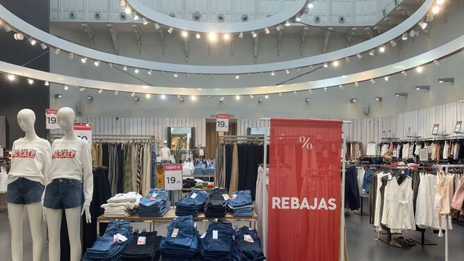 a26d92152e6e Las tiendas y centros comerciales de Sevilla, abiertos el domingo 30 ...