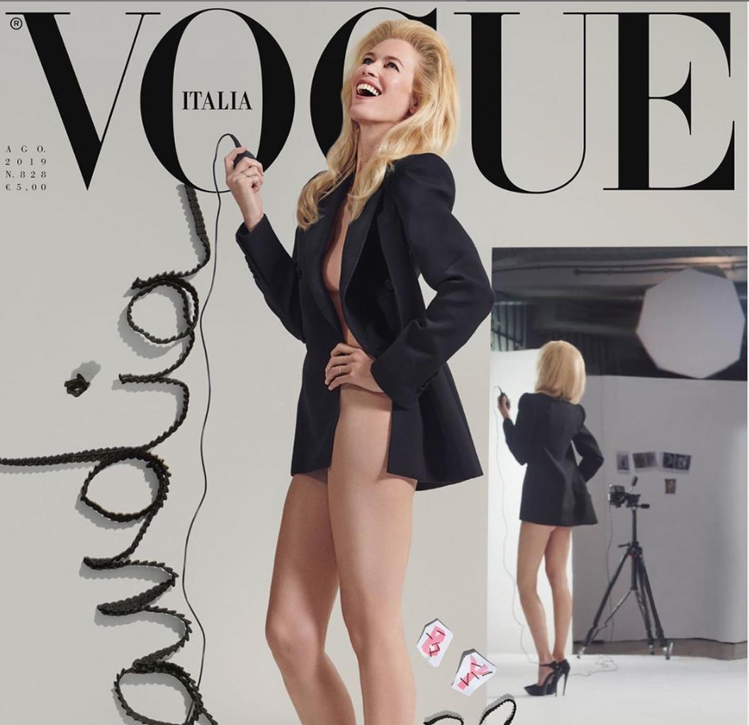 Claudia Schiffer Se Desnuda En Vogue