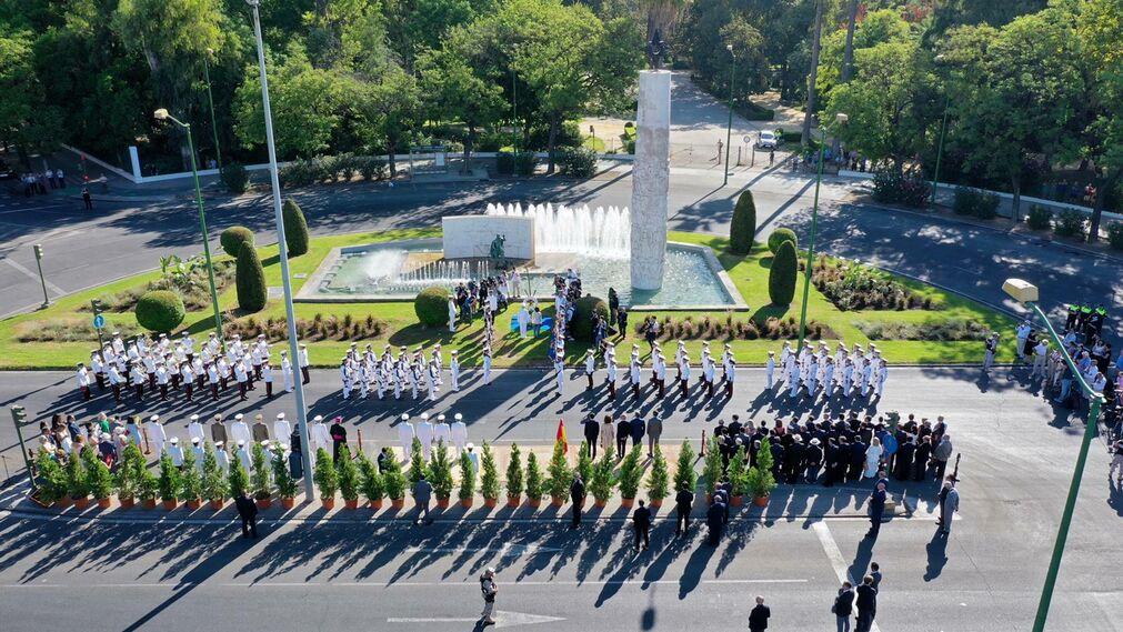 Homenaje de la Armada española a los marinos en el V  Centenario de la primera vuelta al mundo
