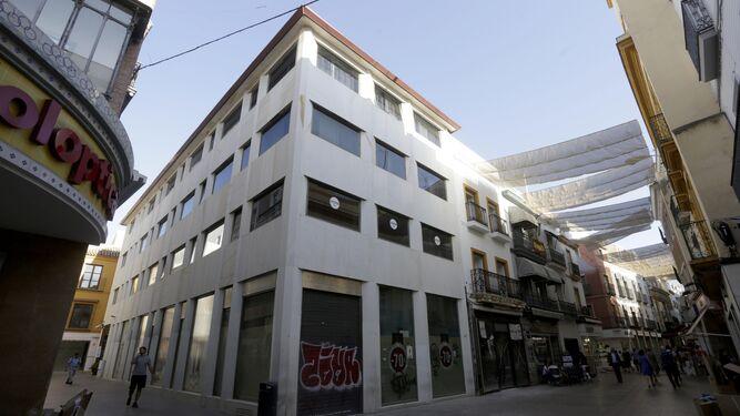 Urbanismo Ordena El Cierre De Un Hotel De Sierpes