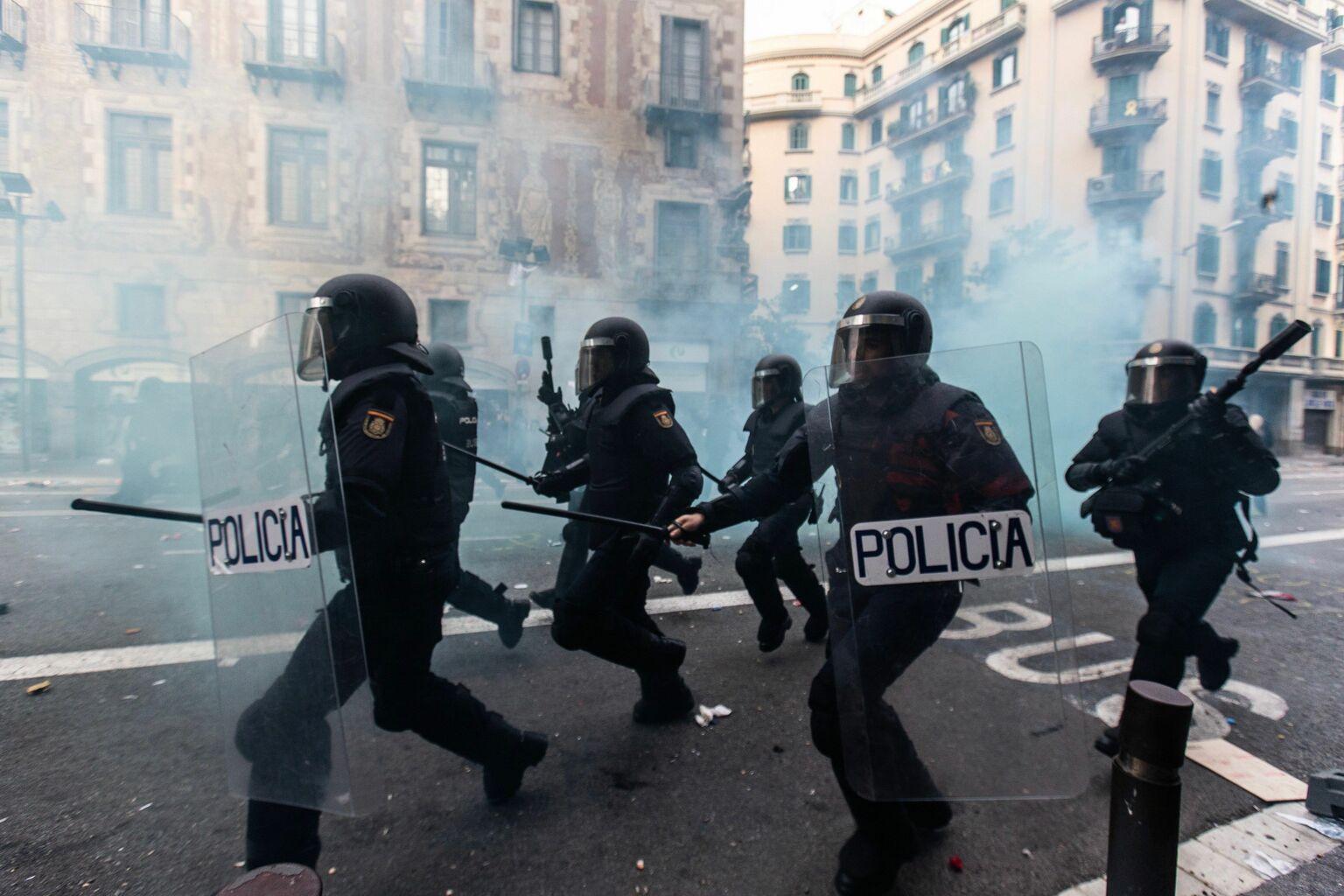Las imágenes de la quinta jornada de disturbios en Barcelona