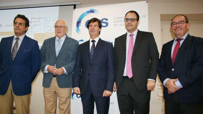 José A. Jiménez Ruiz, Jaime Raynaud, Miguel Rus, José Lorenzo y Tomás González, este jueves en las jornadas logísticas.