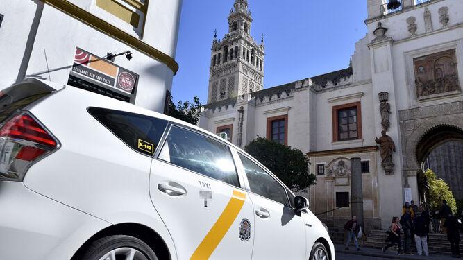 Sevilla tiene las tarifas de taxi más caras de Andalucía