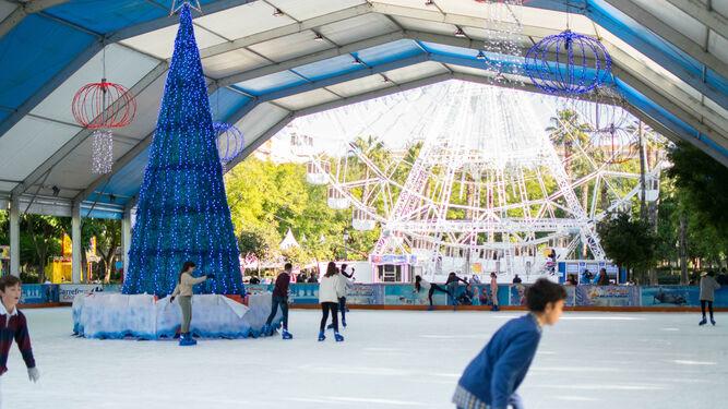 Ice-Skating and Ferris wheel at Prado de San Sebastián