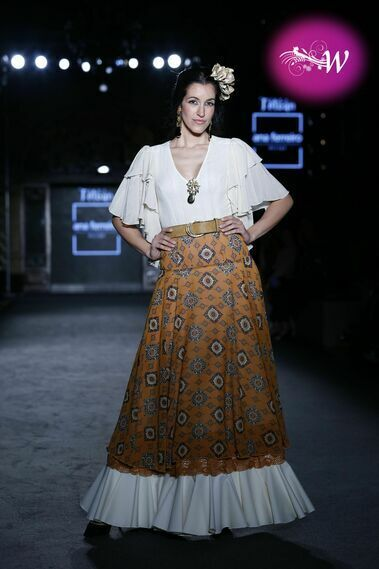 Desfile de Ana Ferrer en We Love Flamenco 2020