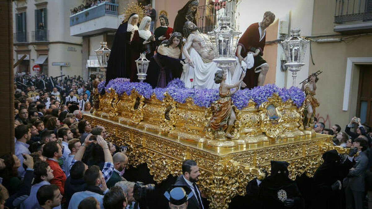 Proponen retrasar tres semanas los festivos para salvar la Semana Santa