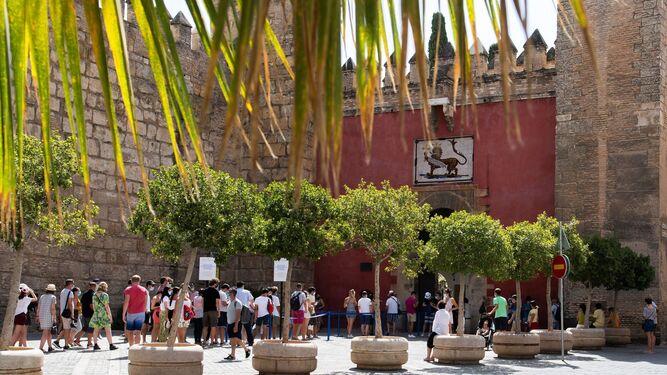 El Real Alcázar de Sevilla reforzará sus sistemas de vigilancia, seguridad .