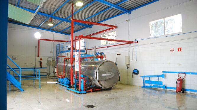 El autoclave donde se esterilizan los residuos.