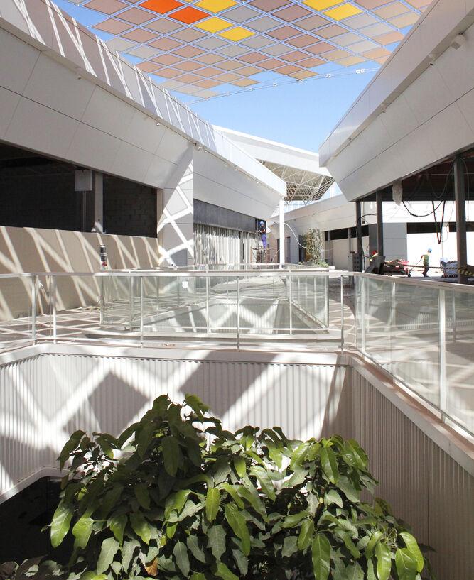 Detalles del interior de WAY Dos Hermanas, diseñado por el arquitecto Enrique Bardají y su equipo.
