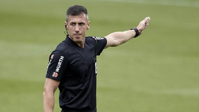 Soto Grado, árbitro para el Real Sociedad - Betis