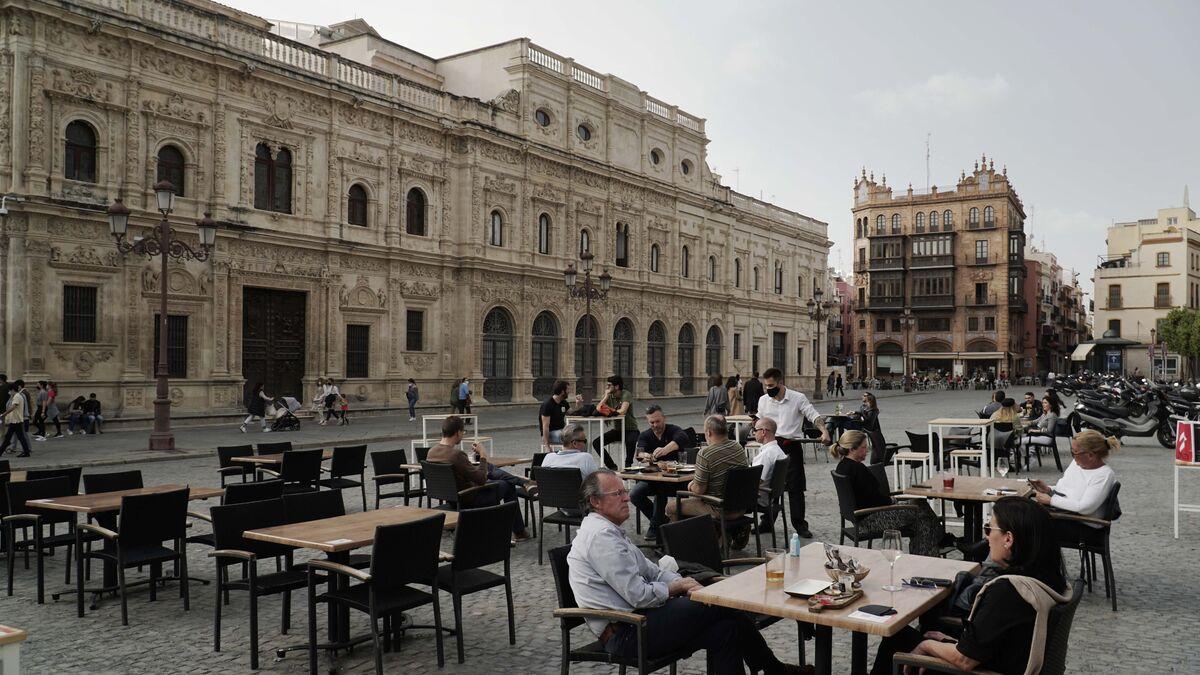 Desescalada en Sevilla: bares y comercios hasta las 21:30 salvo en la Sierra Norte