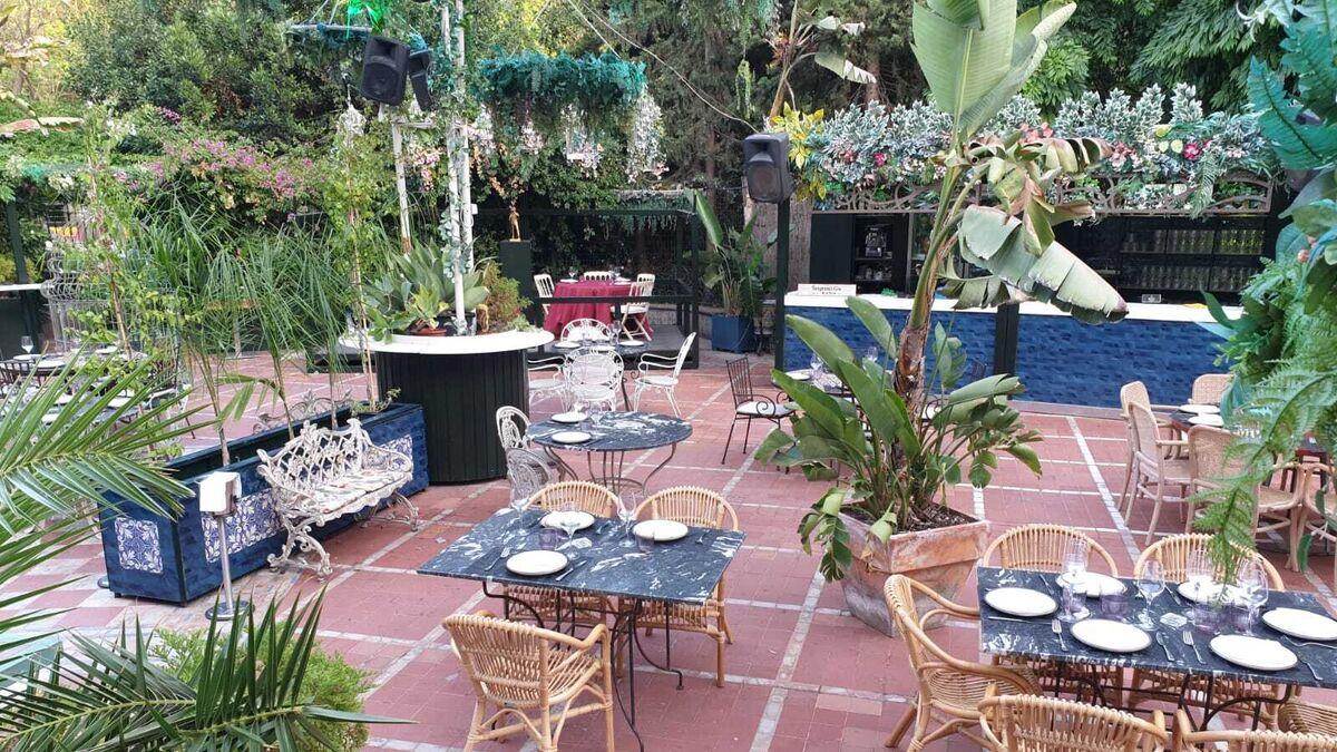 Zona de terraza y comedor.