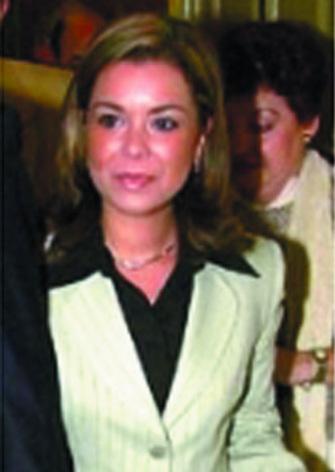 Portada Al Desnudo Con Eugenia Andrés Y Nievesmaría José Campanario